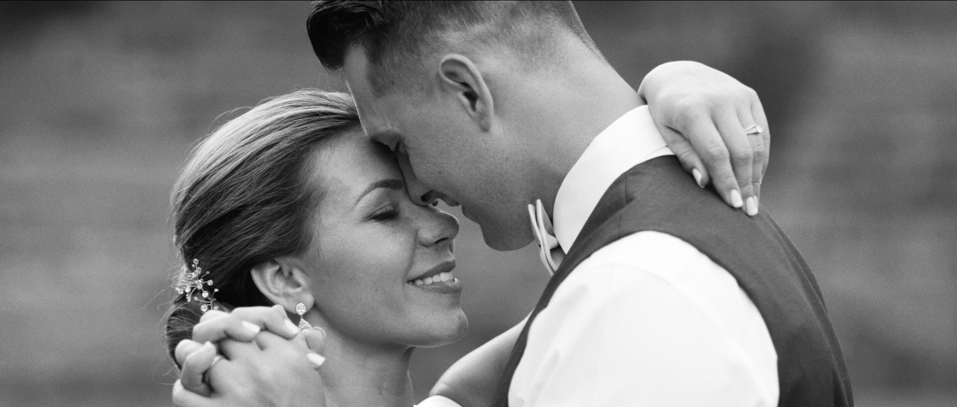 Lewis+Clark+College+Wedding+Videographer+Photographer_017.png