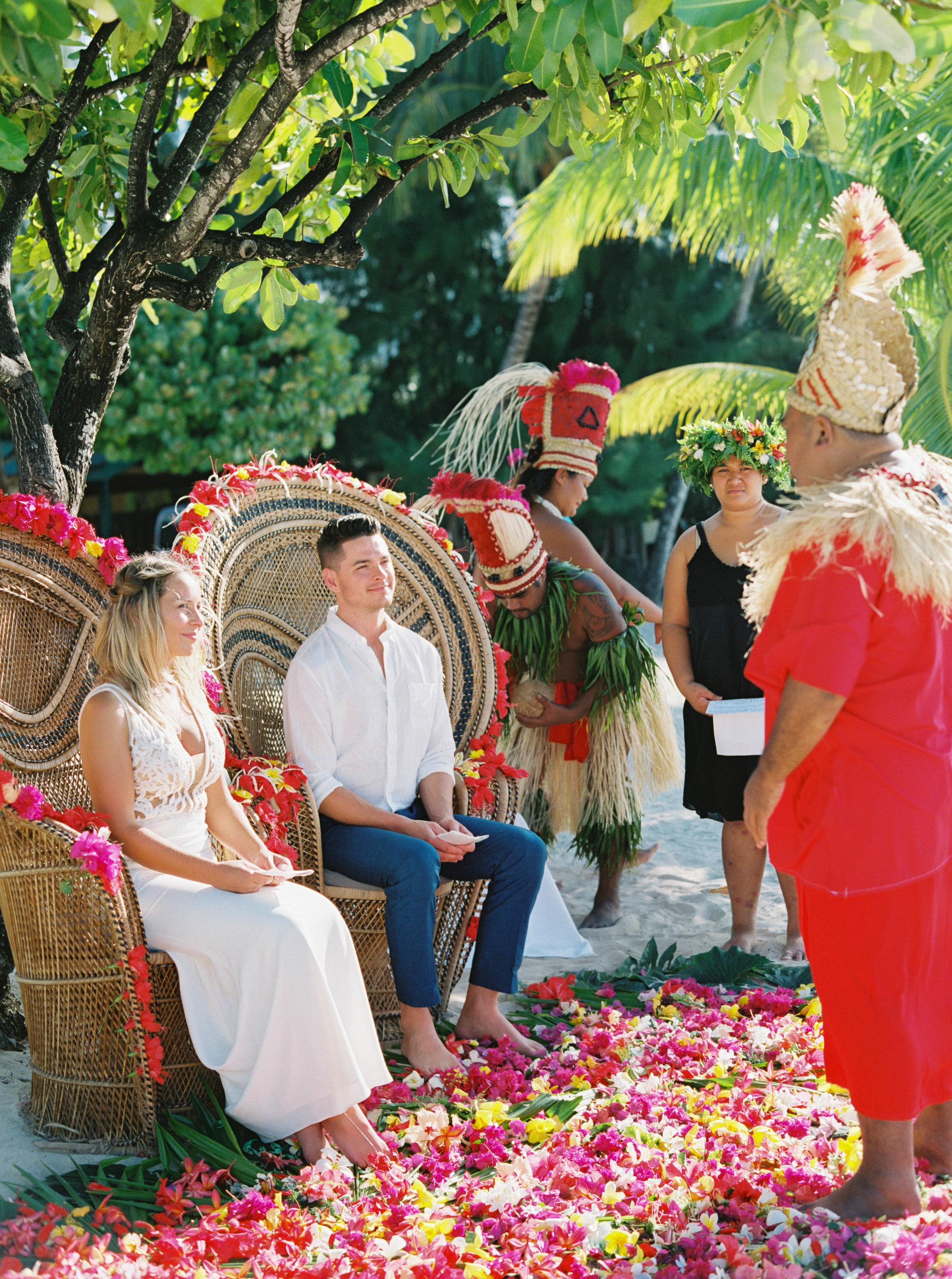 Moorea_Wedding_Elopement_Photographer_Videographer_078.jpg