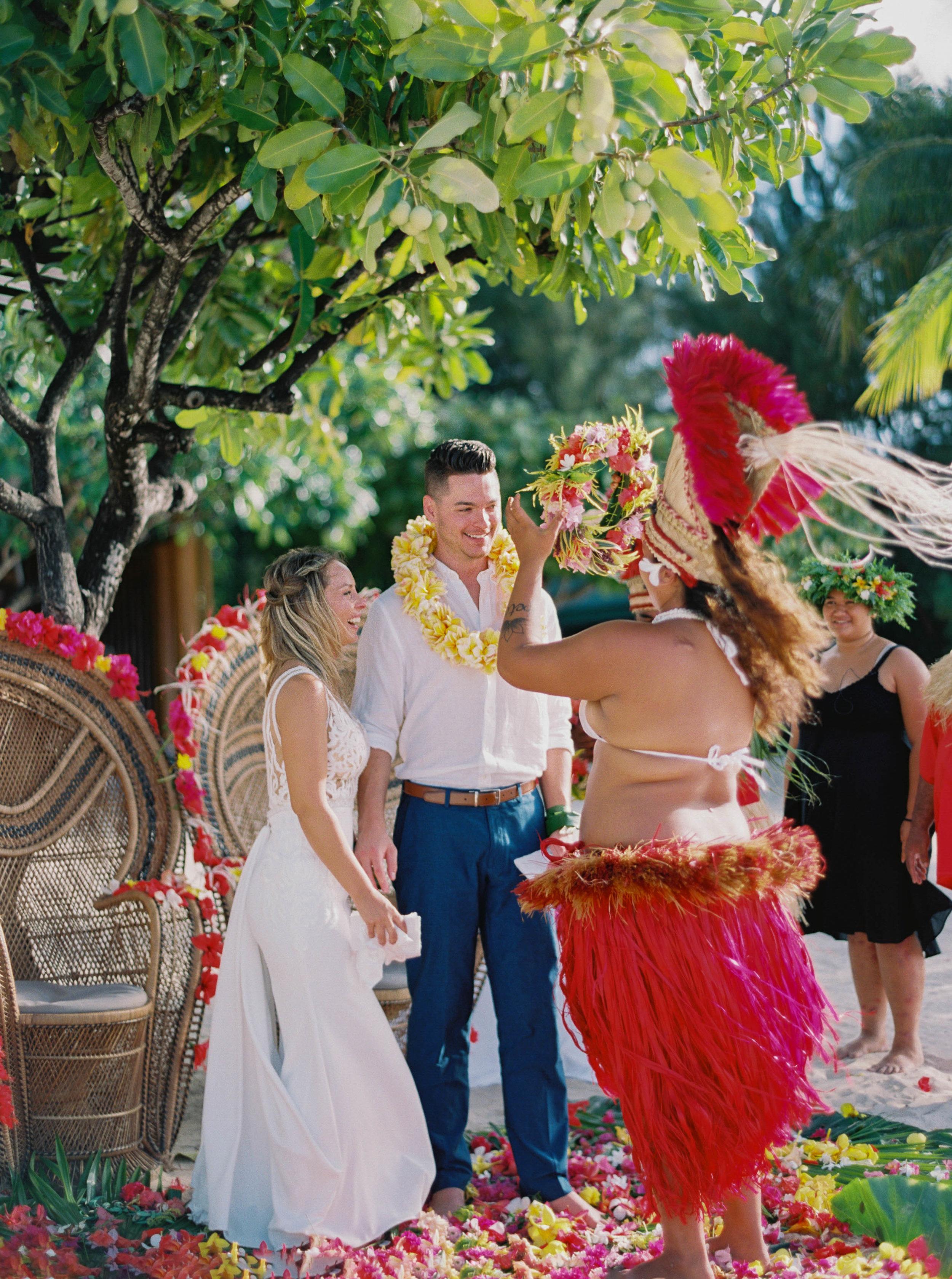 Moorea_Wedding_Elopement_Photographer_Videographer_097.jpg