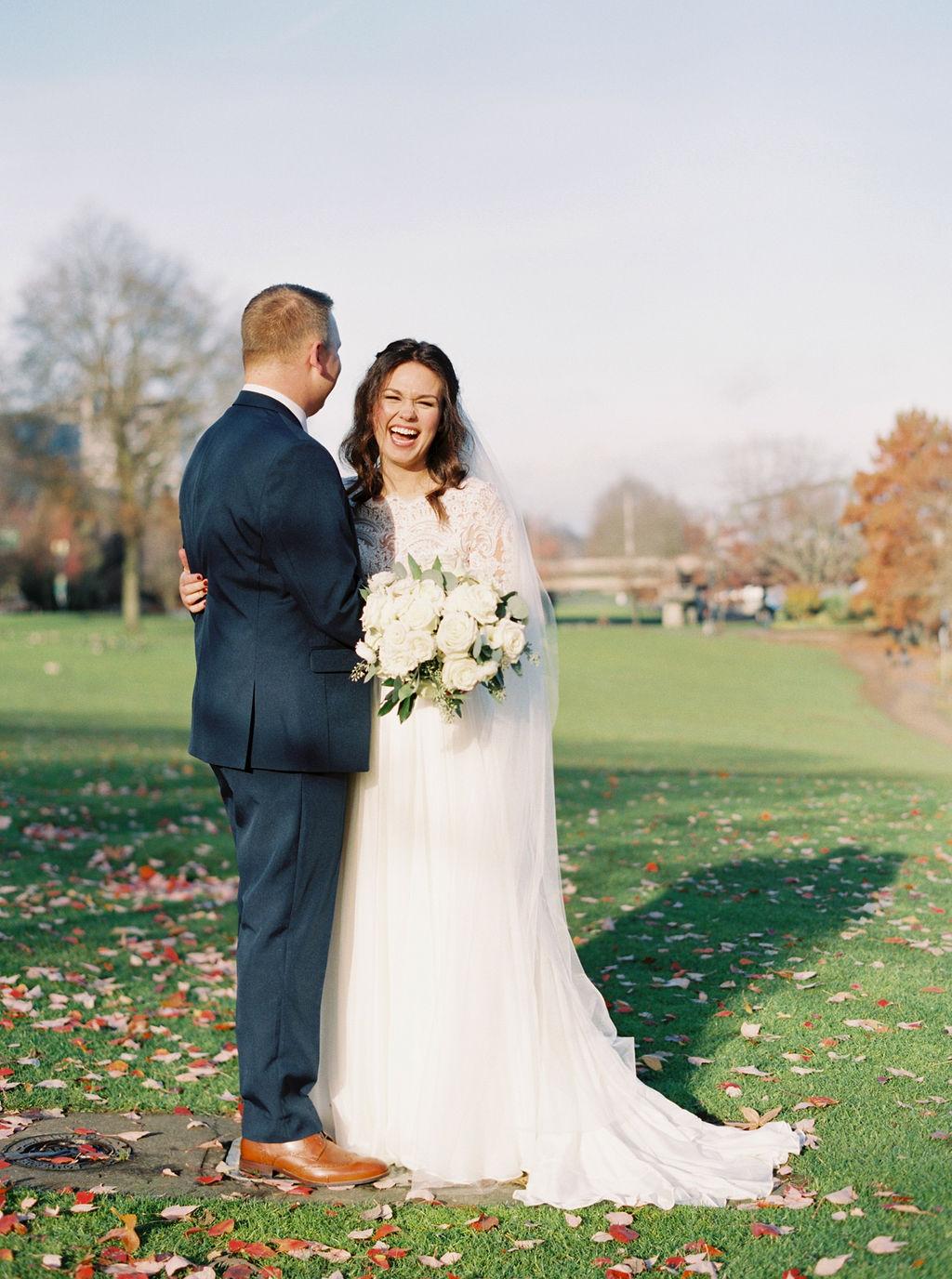 038portland,oregon,castaway,wedding,by_outlive_creative,photo,and,video.jpg