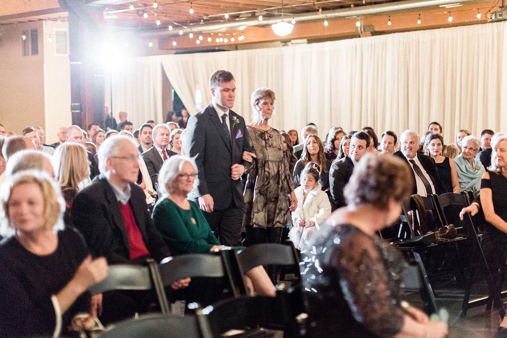 244portland,oregon,castaway,wedding,by_outlive_creative,photo,and,video.jpg