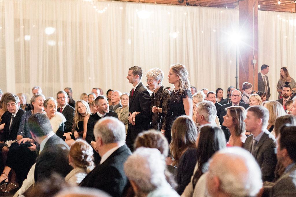 246portland,oregon,castaway,wedding,by_outlive_creative,photo,and,video.jpg