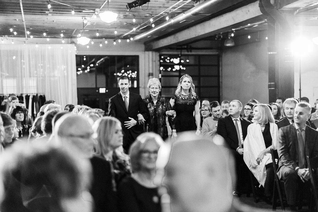 251portland,oregon,castaway,wedding,by_outlive_creative,photo,and,video.jpg