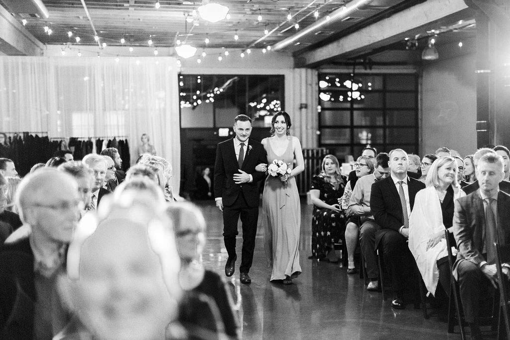 253portland,oregon,castaway,wedding,by_outlive_creative,photo,and,video.jpg