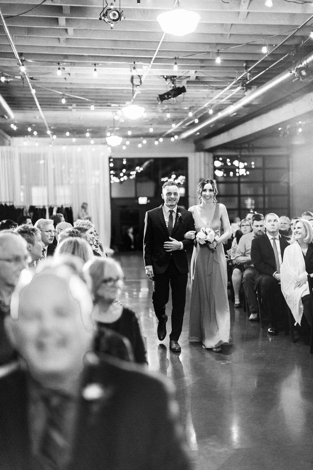 254portland,oregon,castaway,wedding,by_outlive_creative,photo,and,video.jpg