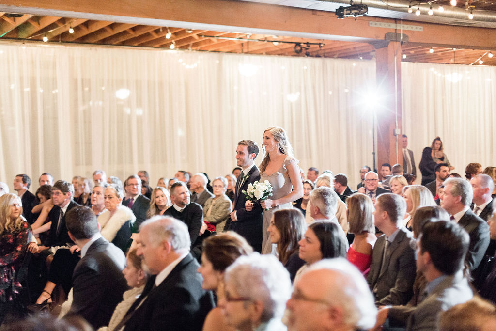 256portland,oregon,castaway,wedding,by_outlive_creative,photo,and,video.jpg