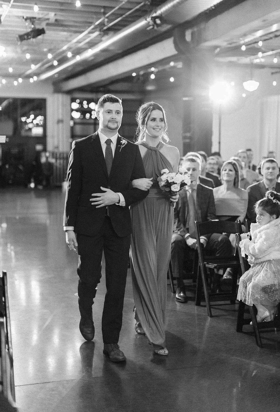 259portland,oregon,castaway,wedding,by_outlive_creative,photo,and,video.jpg