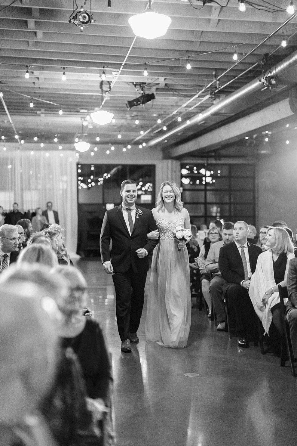 262portland,oregon,castaway,wedding,by_outlive_creative,photo,and,video.jpg
