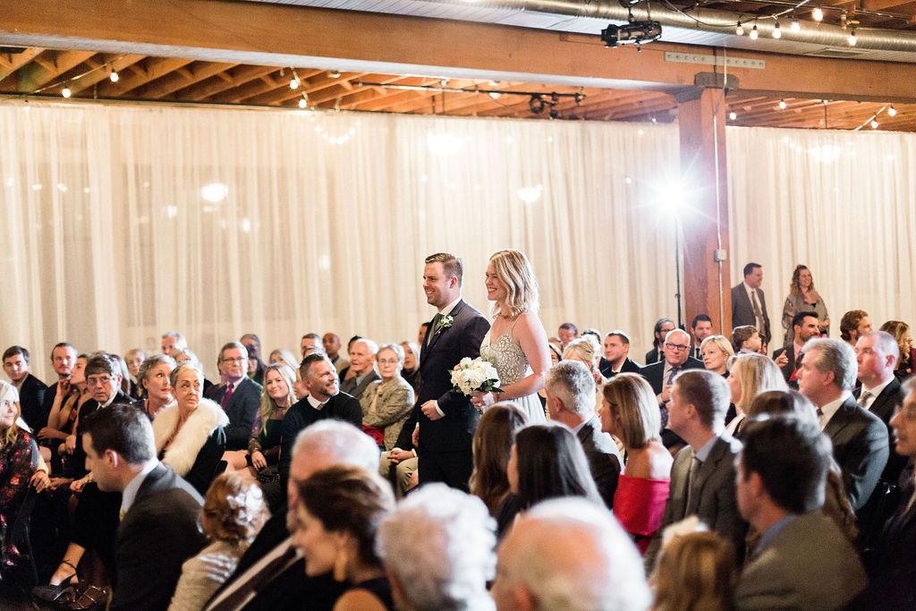 264portland,oregon,castaway,wedding,by_outlive_creative,photo,and,video.jpg