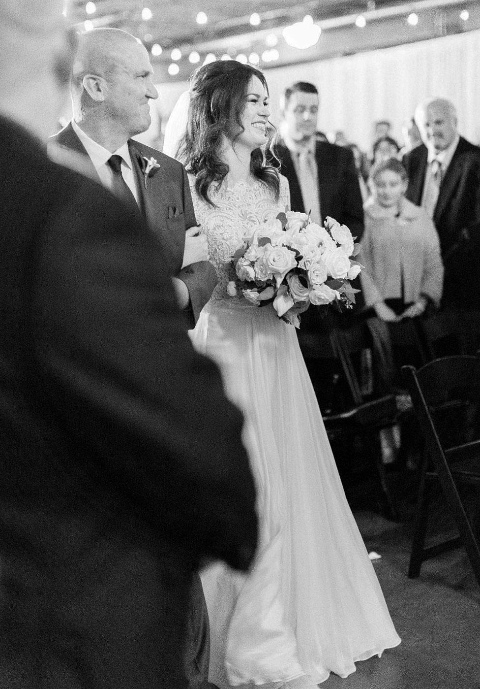 269portland,oregon,castaway,wedding,by_outlive_creative,photo,and,video.jpg