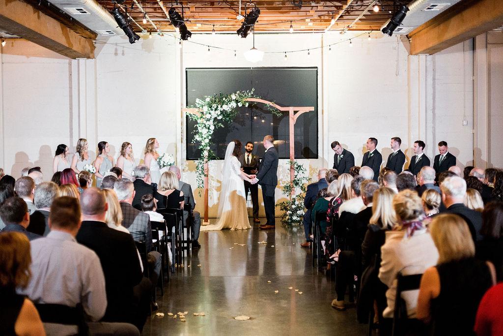 272portland,oregon,castaway,wedding,by_outlive_creative,photo,and,video.jpg