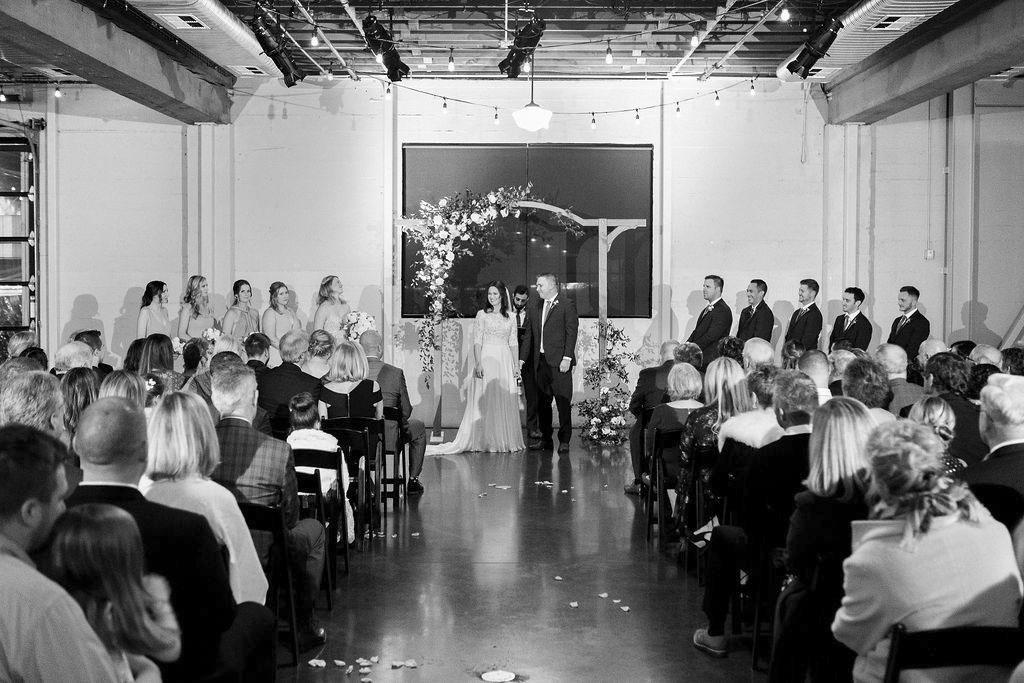 277portland,oregon,castaway,wedding,by_outlive_creative,photo,and,video.jpg