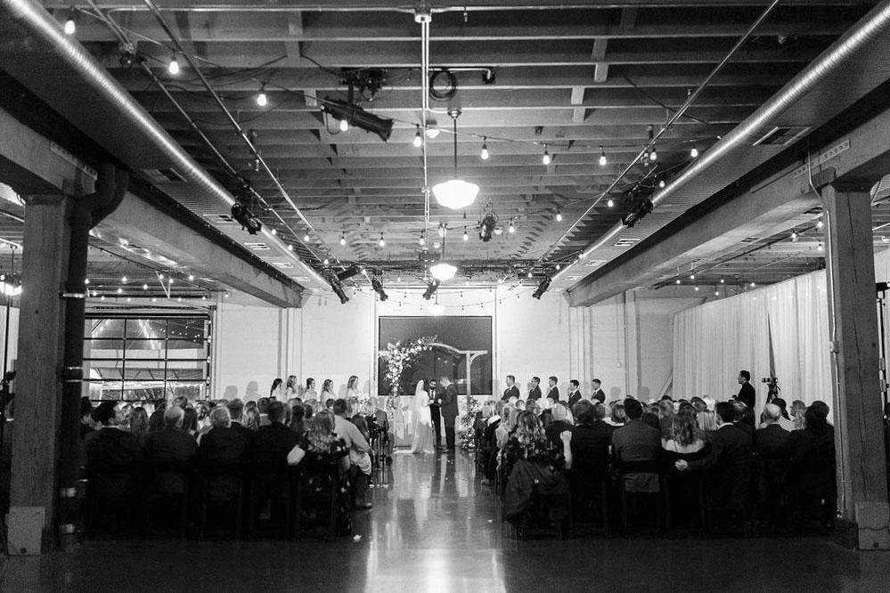 278portland,oregon,castaway,wedding,by_outlive_creative,photo,and,video.jpg