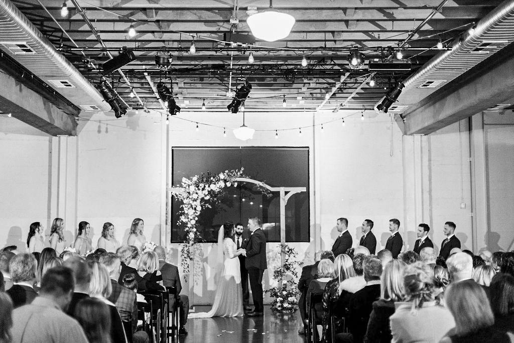 279portland,oregon,castaway,wedding,by_outlive_creative,photo,and,video.jpg