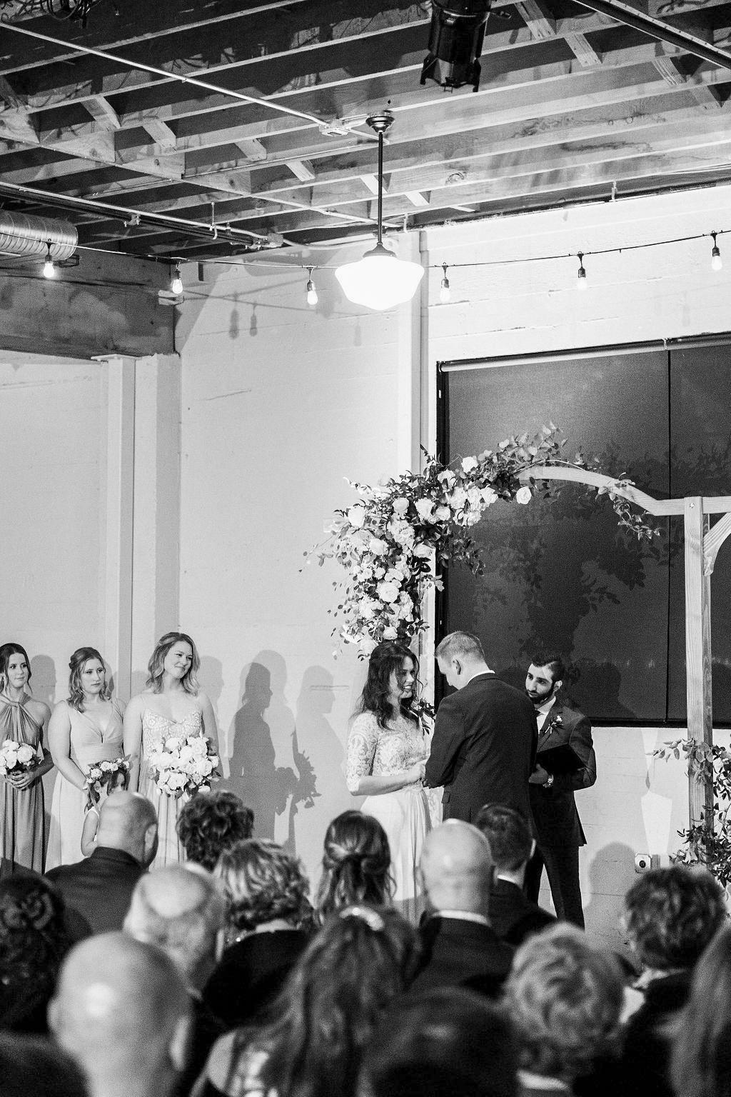 283portland,oregon,castaway,wedding,by_outlive_creative,photo,and,video.jpg