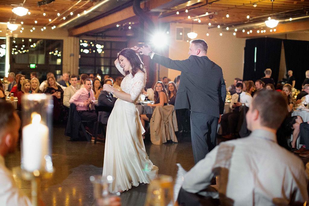 016_reception_portland,oregon,castaway,wedding,by_outlive_creative,photo,and,video.jpg