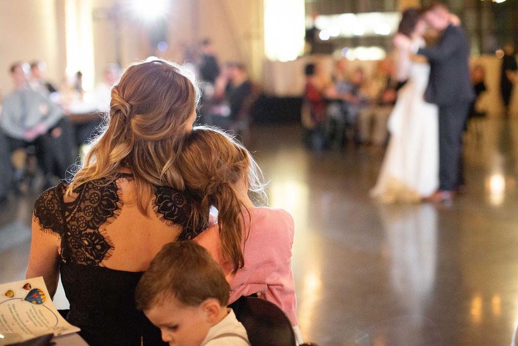 017_reception_portland,oregon,castaway,wedding,by_outlive_creative,photo,and,video.jpg