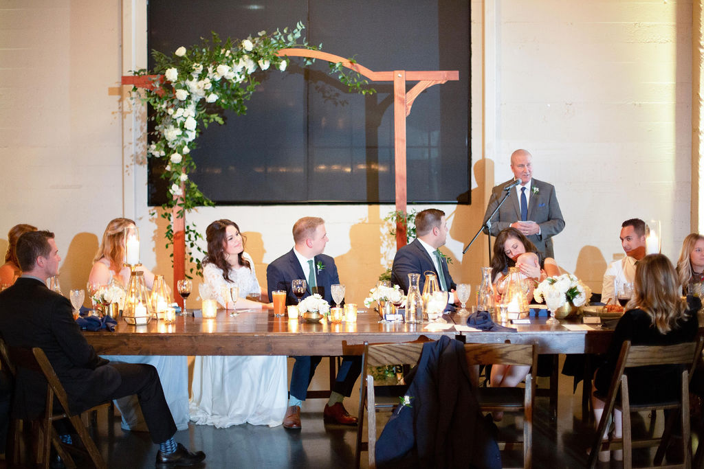 023_reception_portland,oregon,castaway,wedding,by_outlive_creative,photo,and,video.jpg
