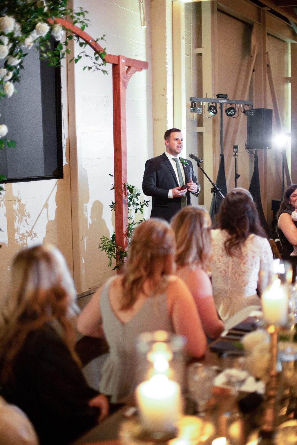 026_reception_portland,oregon,castaway,wedding,by_outlive_creative,photo,and,video.jpg