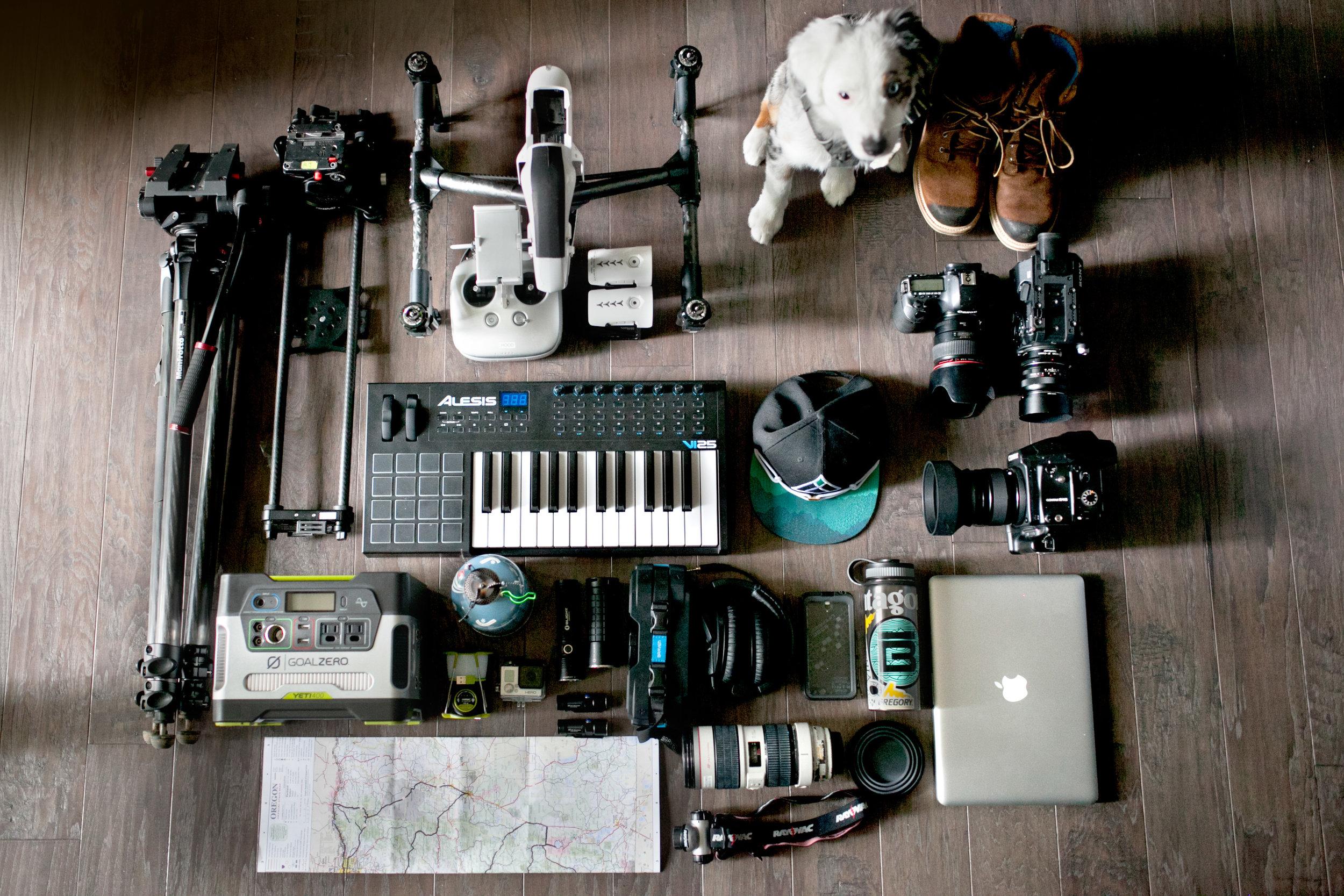 001_Travel_Adventure_Photography_Outlive_Creative_Oregon_Cape_Kiwanda.jpg