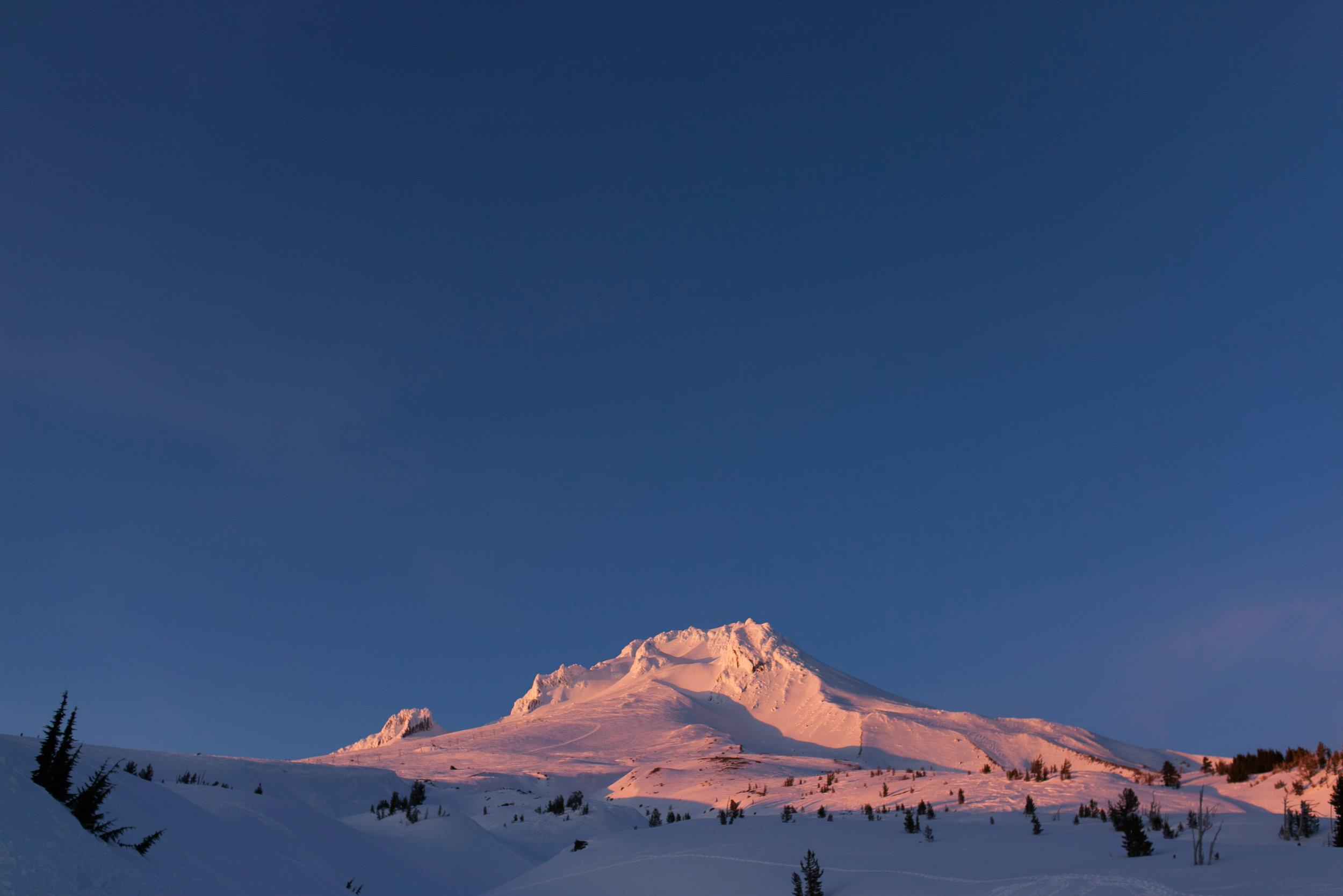 031Travel_Adventure_Photography_Outlive_Creative_Oregon_Mount_Hood.jpg
