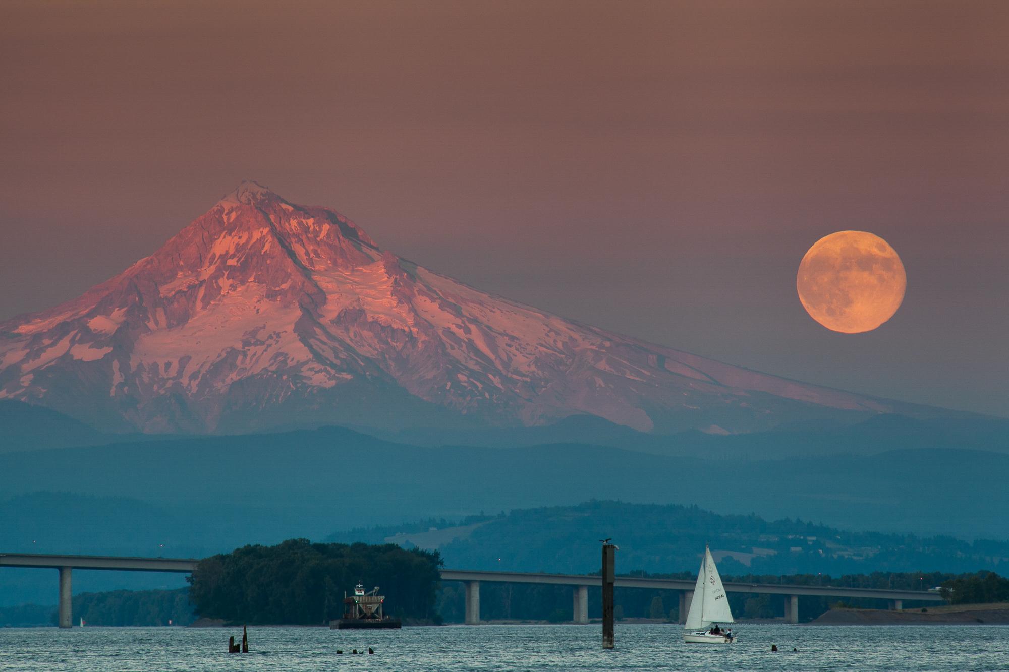 032Travel_Adventure_Photography_Outlive_Creative_Oregon_Mount_Hood.jpg