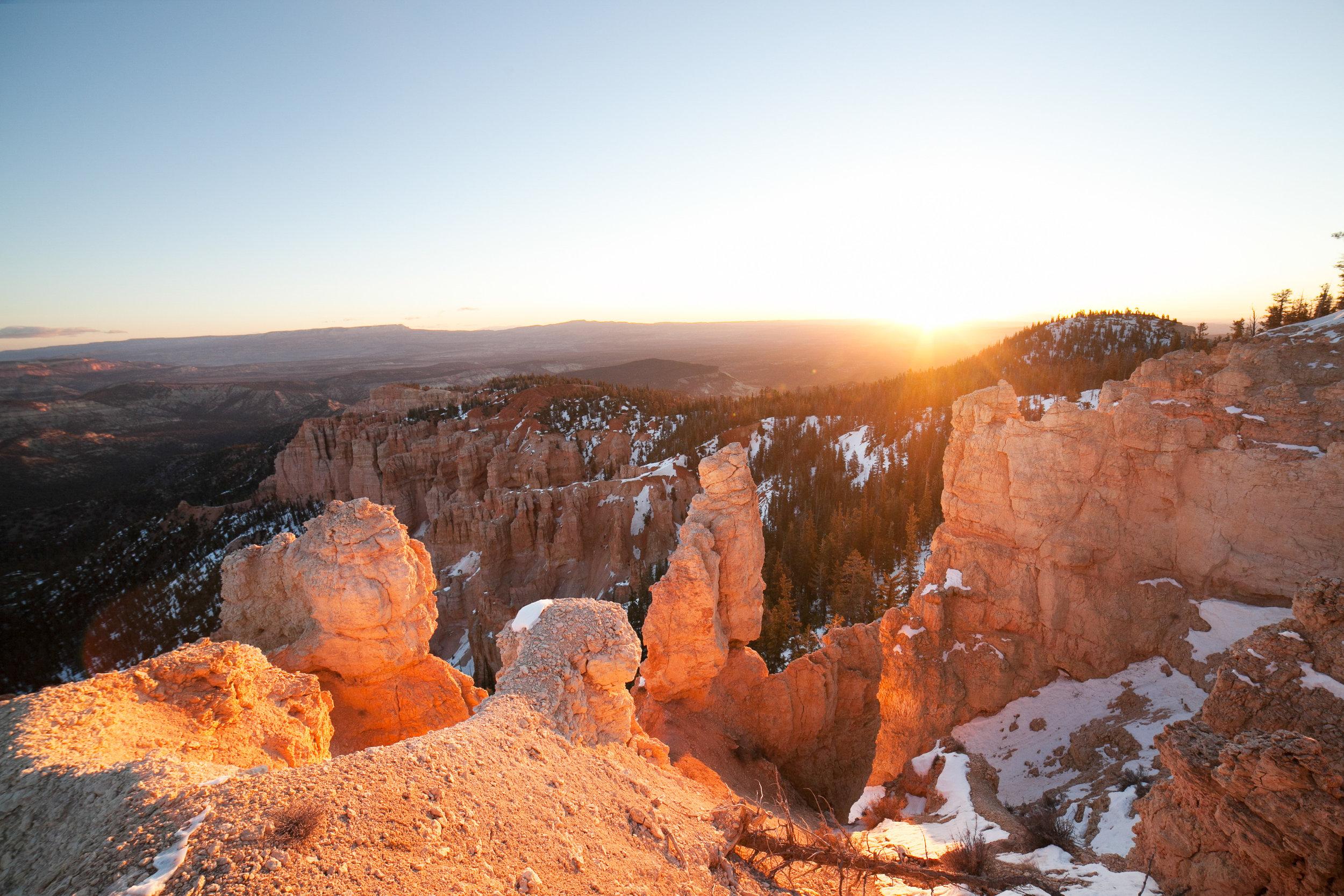 041Travel_Adventure_Photography_Outlive_Creative_Utah_Bryce_Canyon.jpg