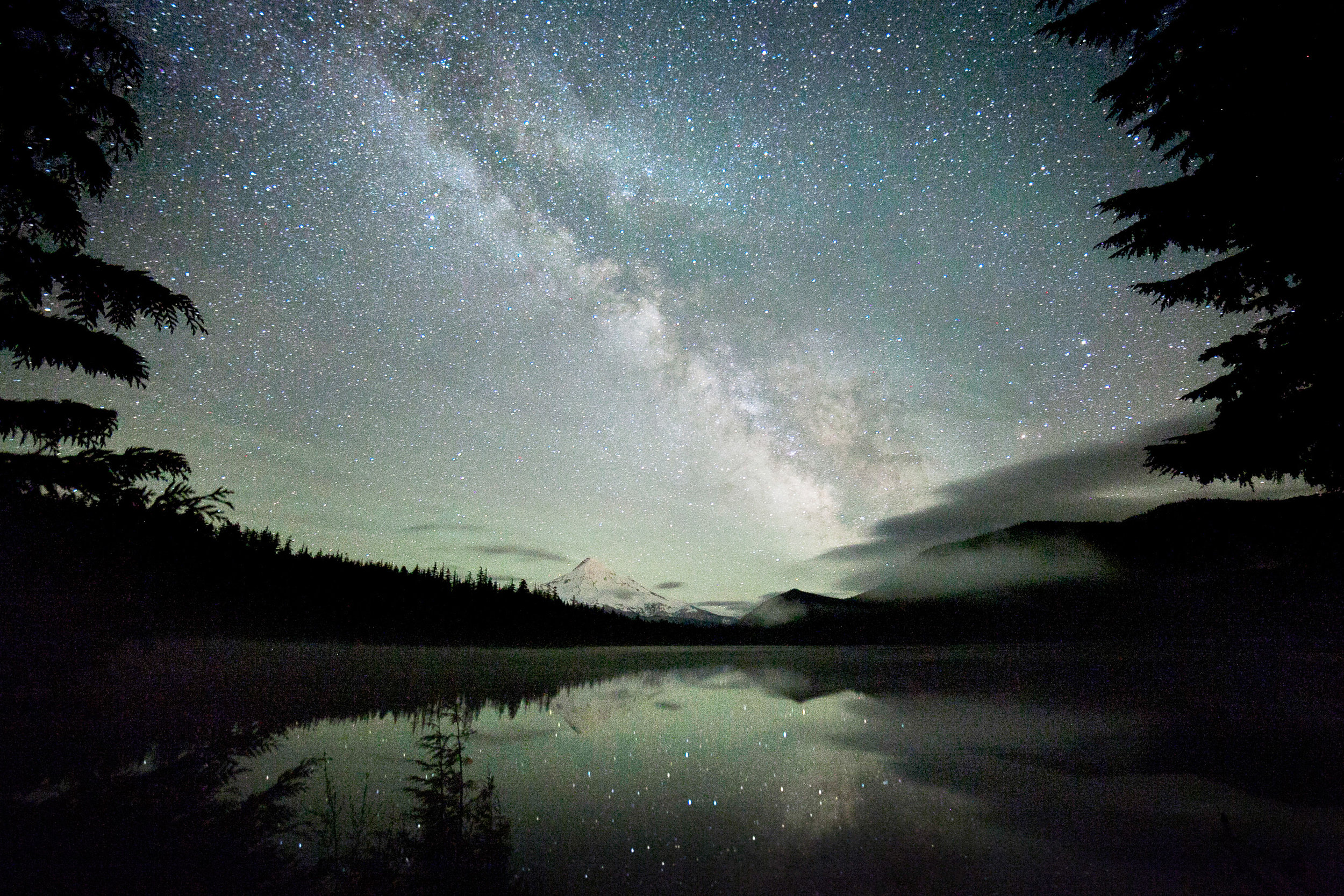 101Travel_Adventure_Outdoor_Photography_Outlive_Creative_Oregon_ Lost_Lake.jpg