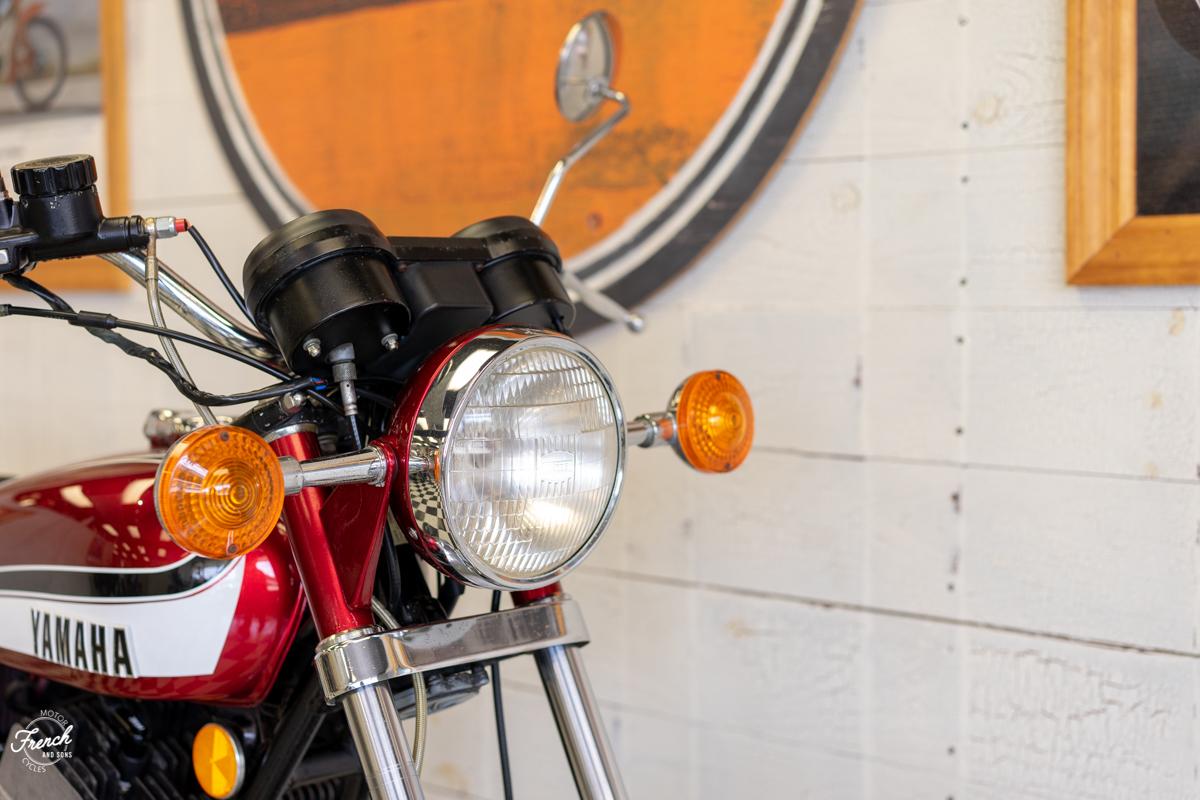 1973yamahard350-10.jpg