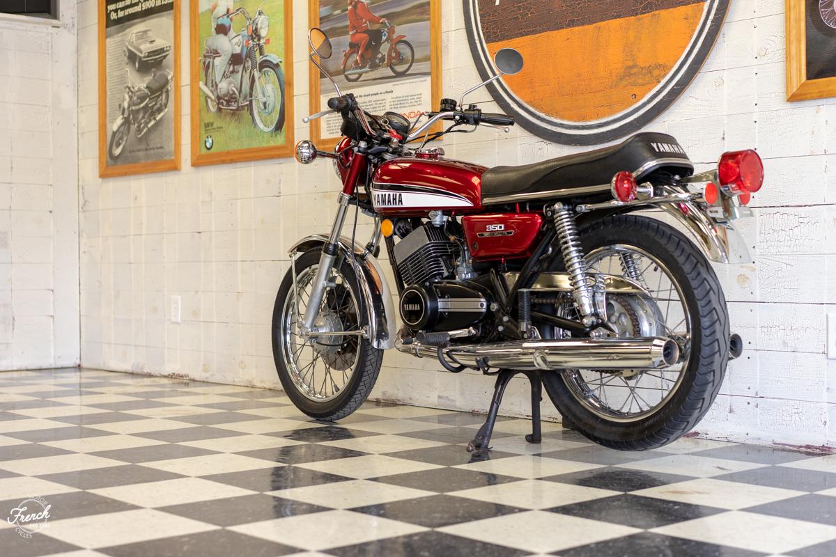 1973yamahard350-17.jpg