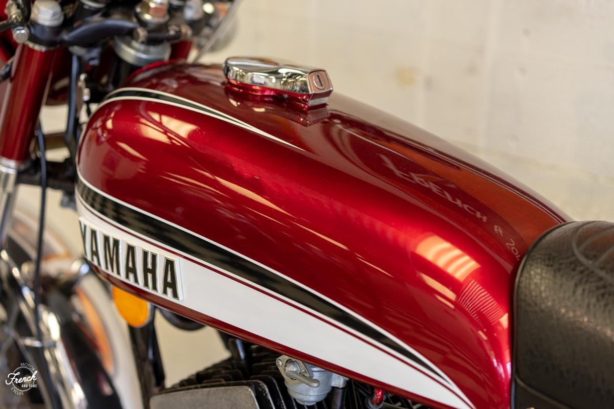 1973yamahard350-23.jpg