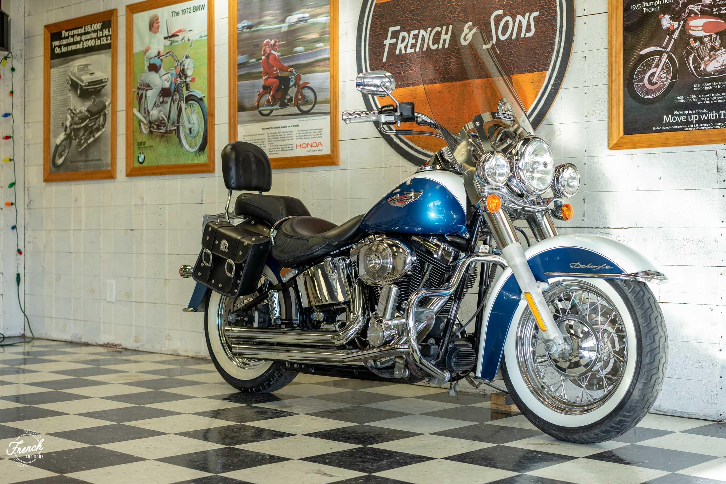 2005_Harley_Davidson_Softail_Deluxe-6.jpg