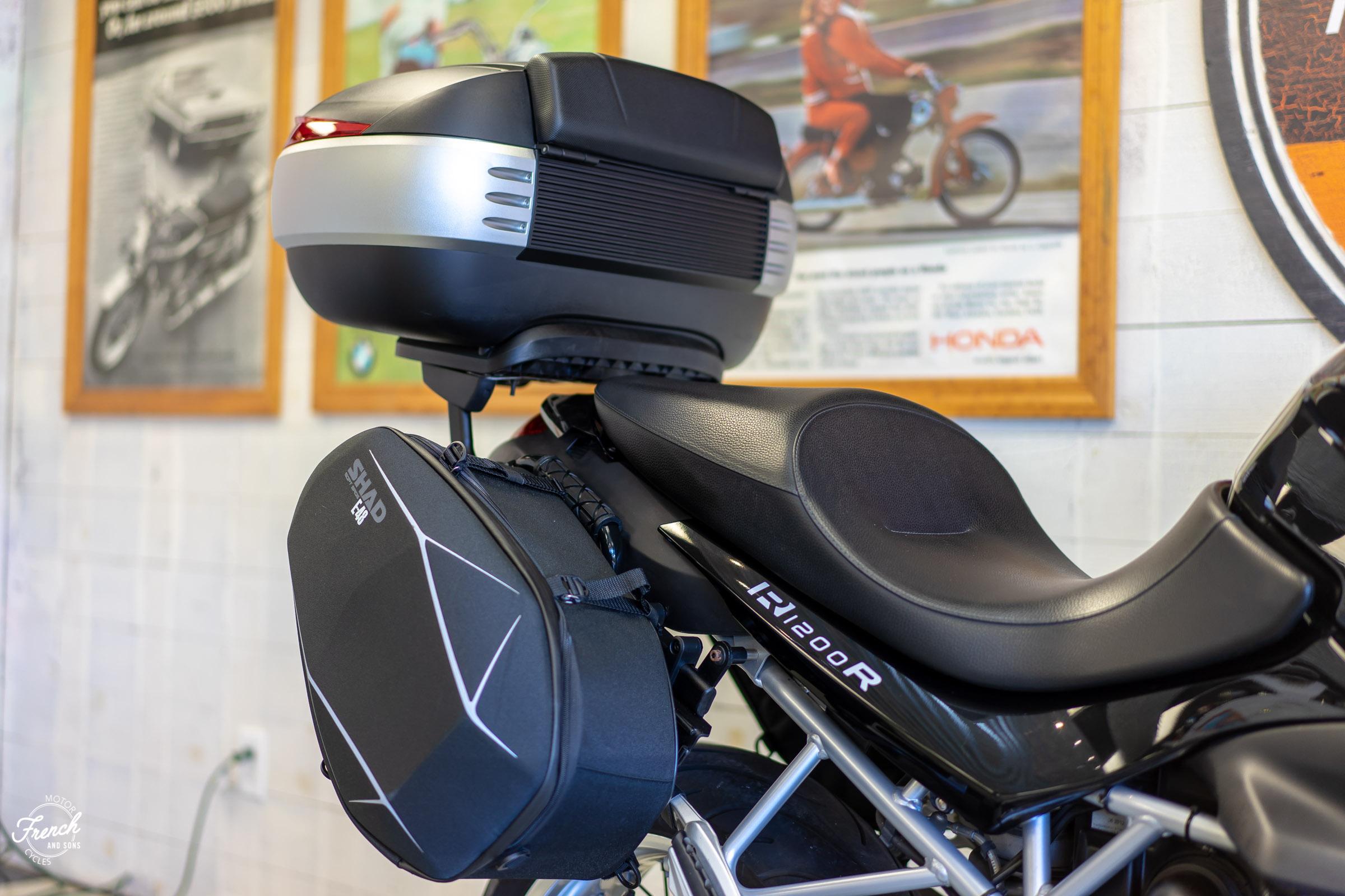 2011BMWR1200R-8.jpg