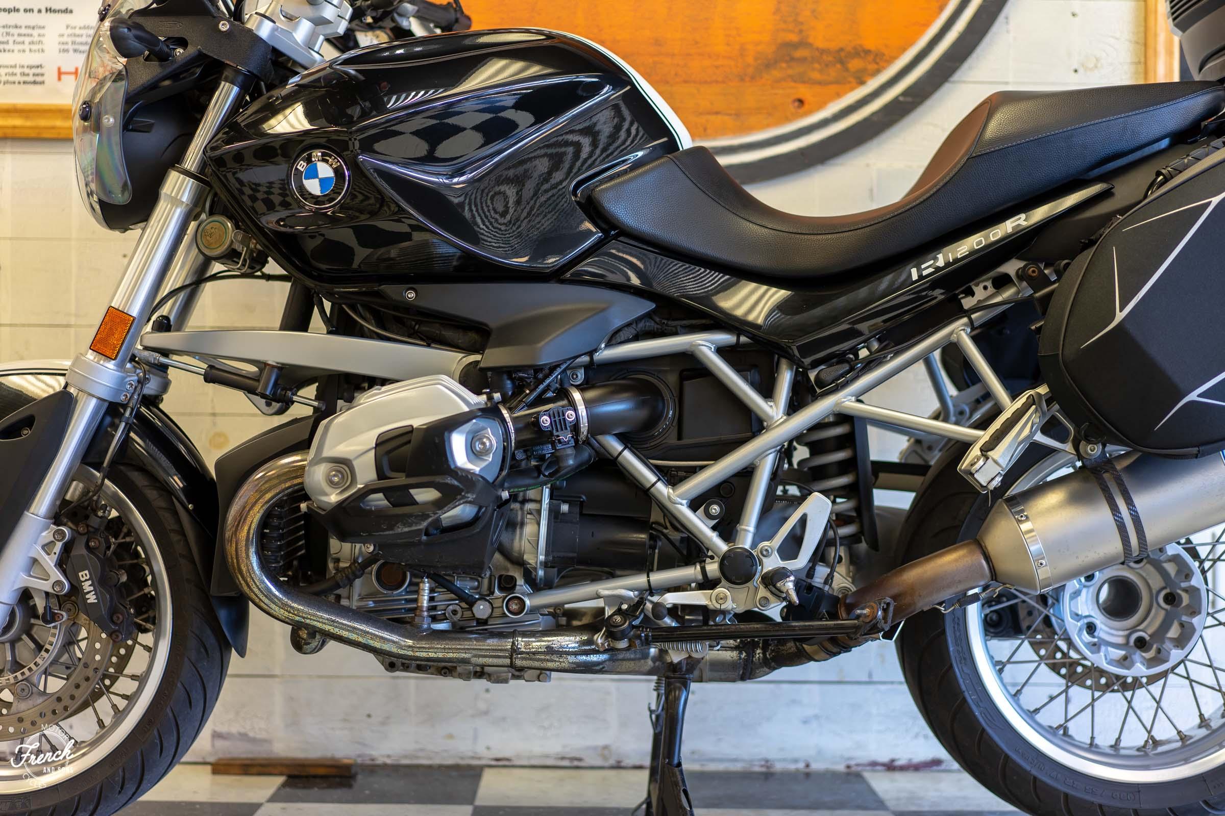 2011BMWR1200R-19.jpg