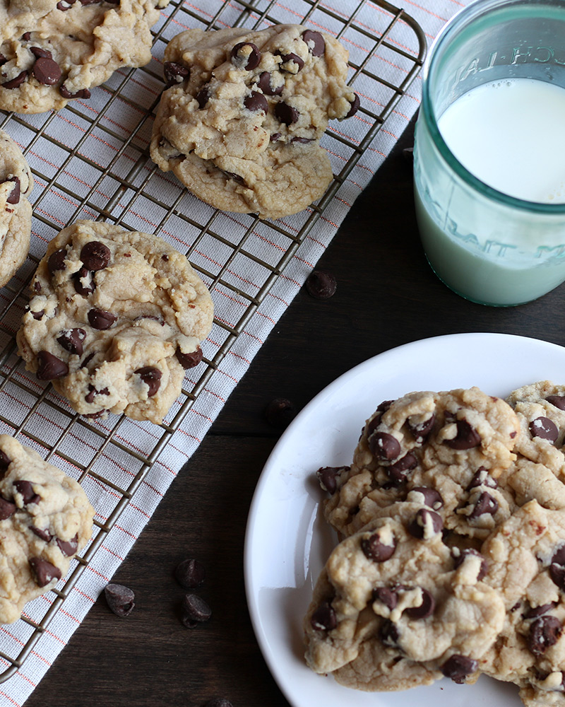 Yummy chocolate chip cookie recipe by Lolo's Desserts.