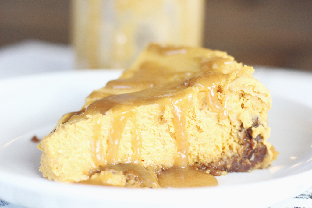 pumpkin cheesecake with caramel drizzle