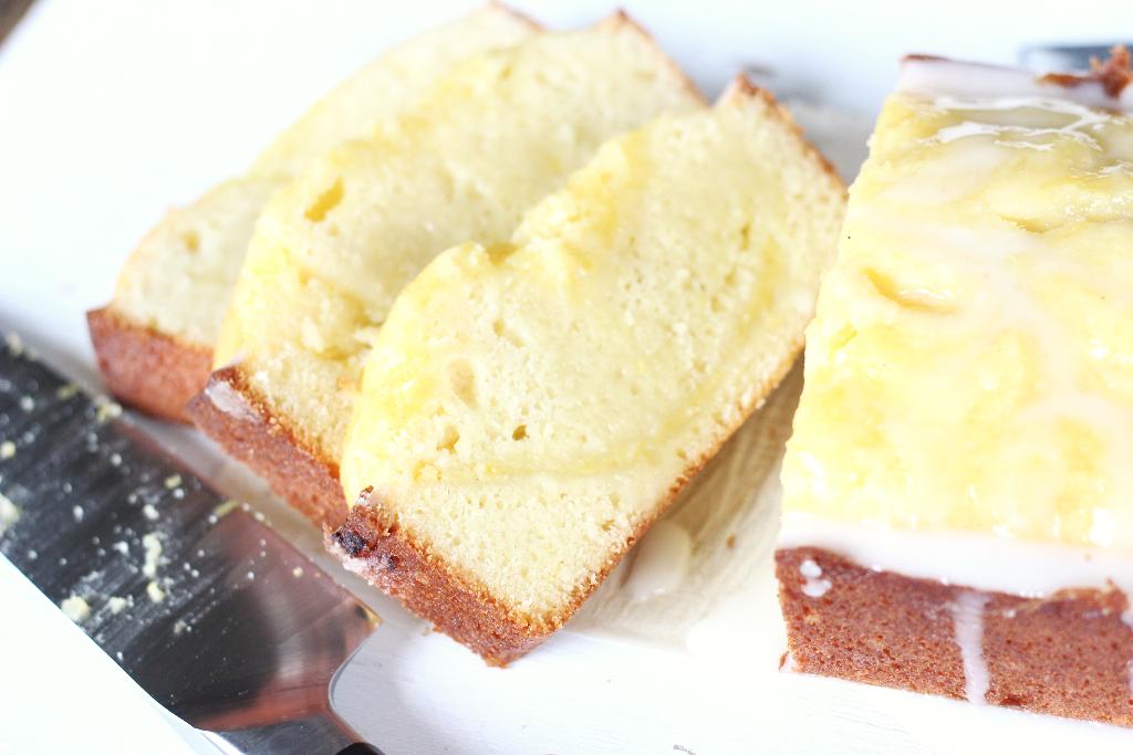 Lemon Tart Pound Cake