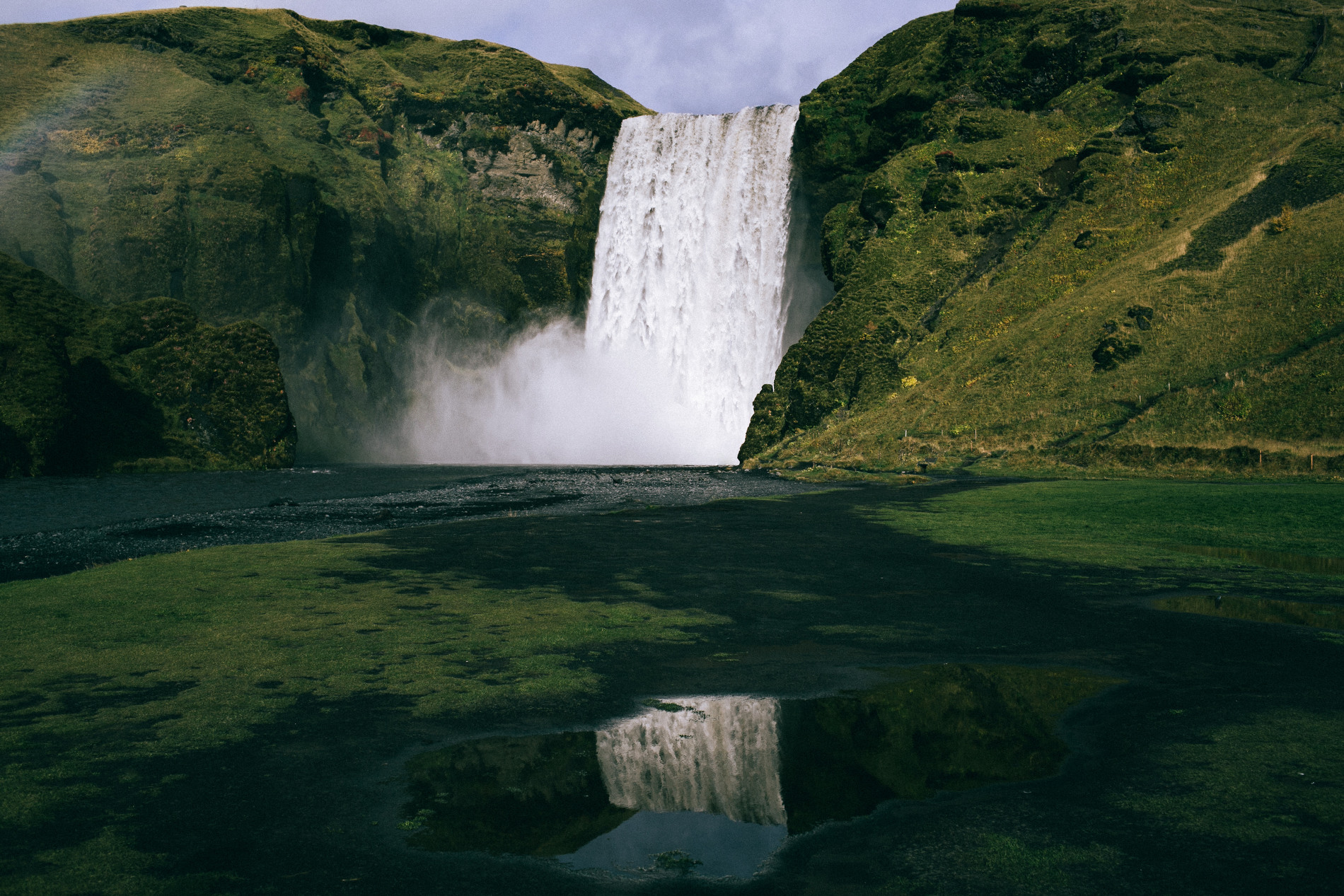 Conie_suarez_bravo_Iceland_elopement_travel050.JPG