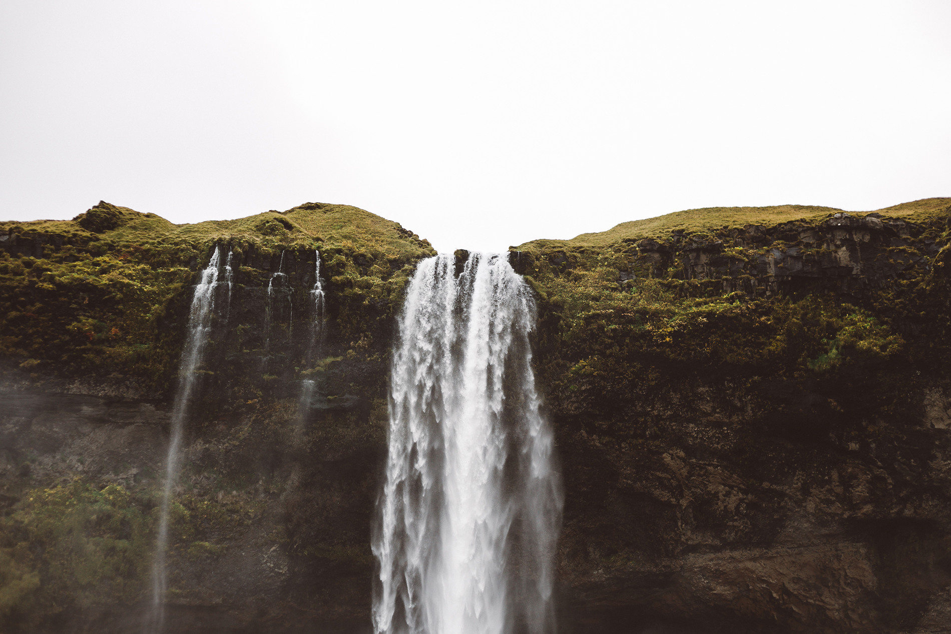 Conie_suarez_bravo_Iceland_elopement_travel057.JPG