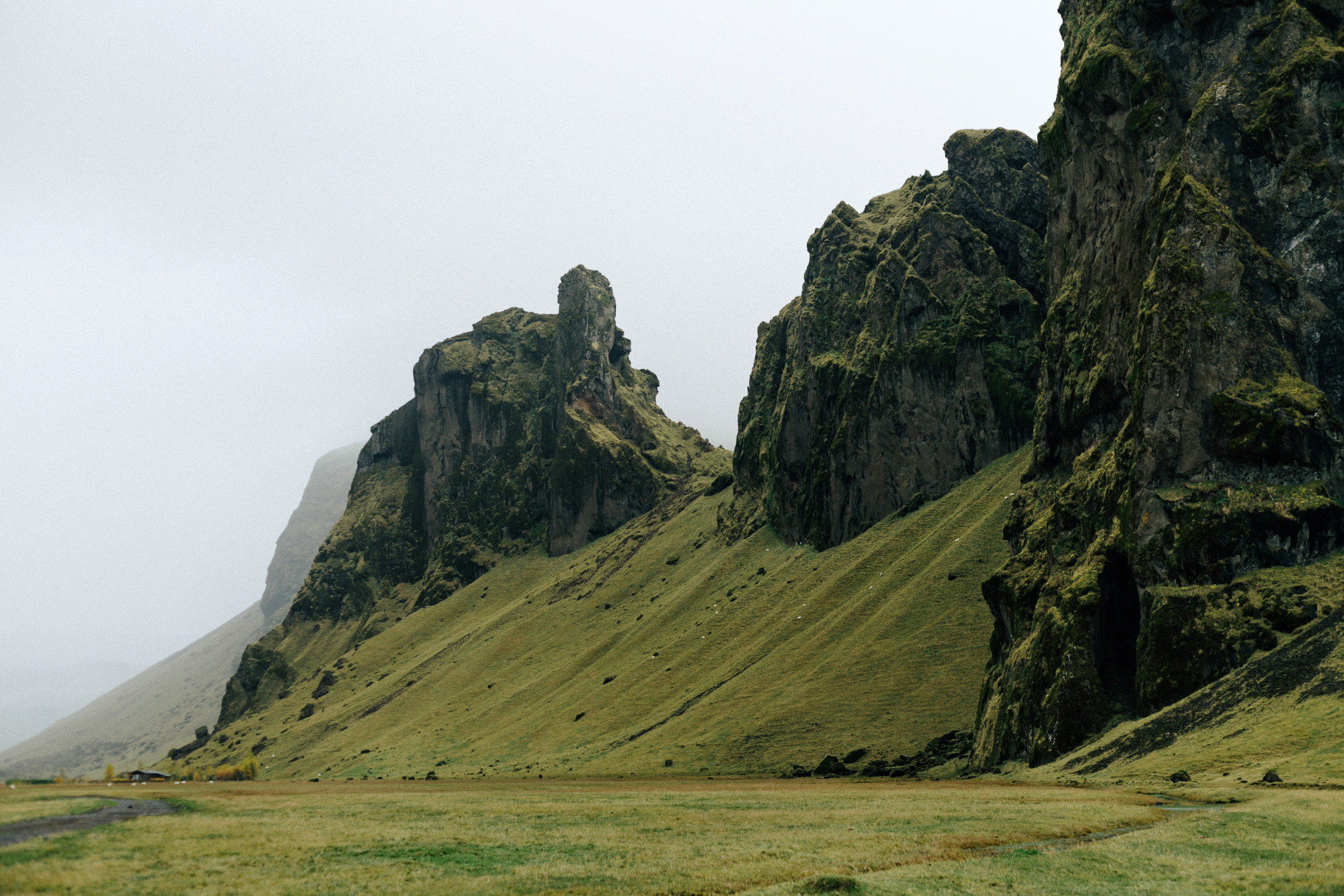Conie_suarez_bravo_Iceland_elopement_travel059.JPG