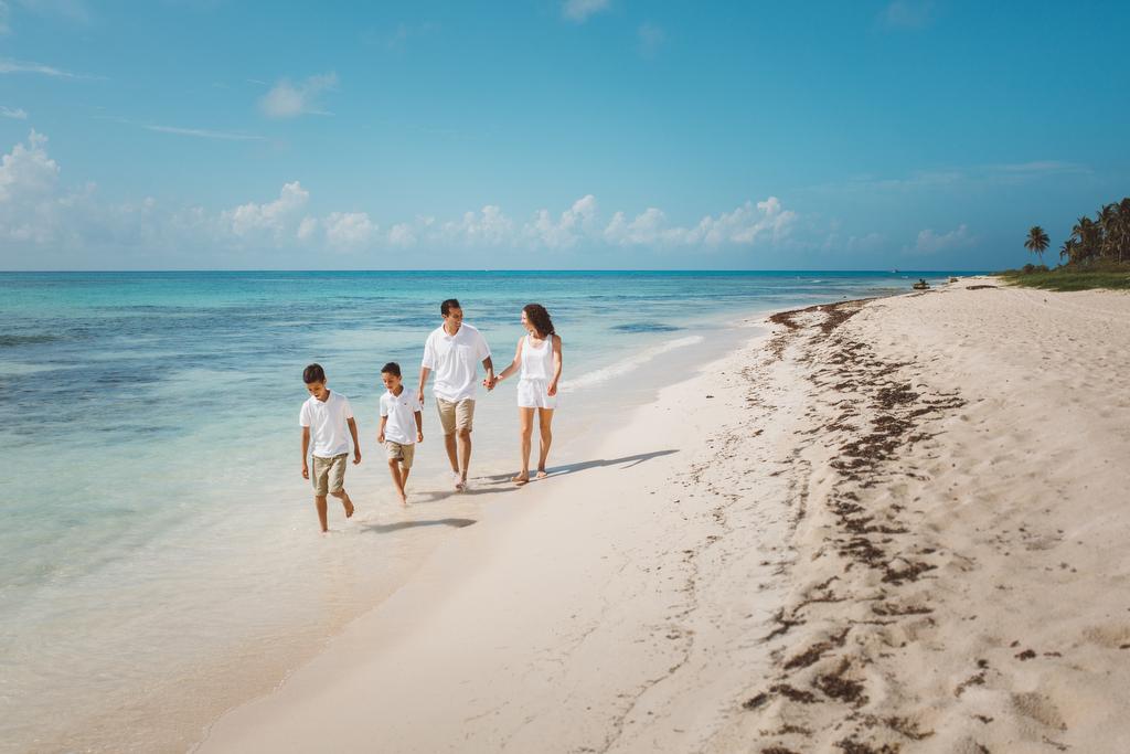Families_beach_rivieramaya_photography_002.JPG