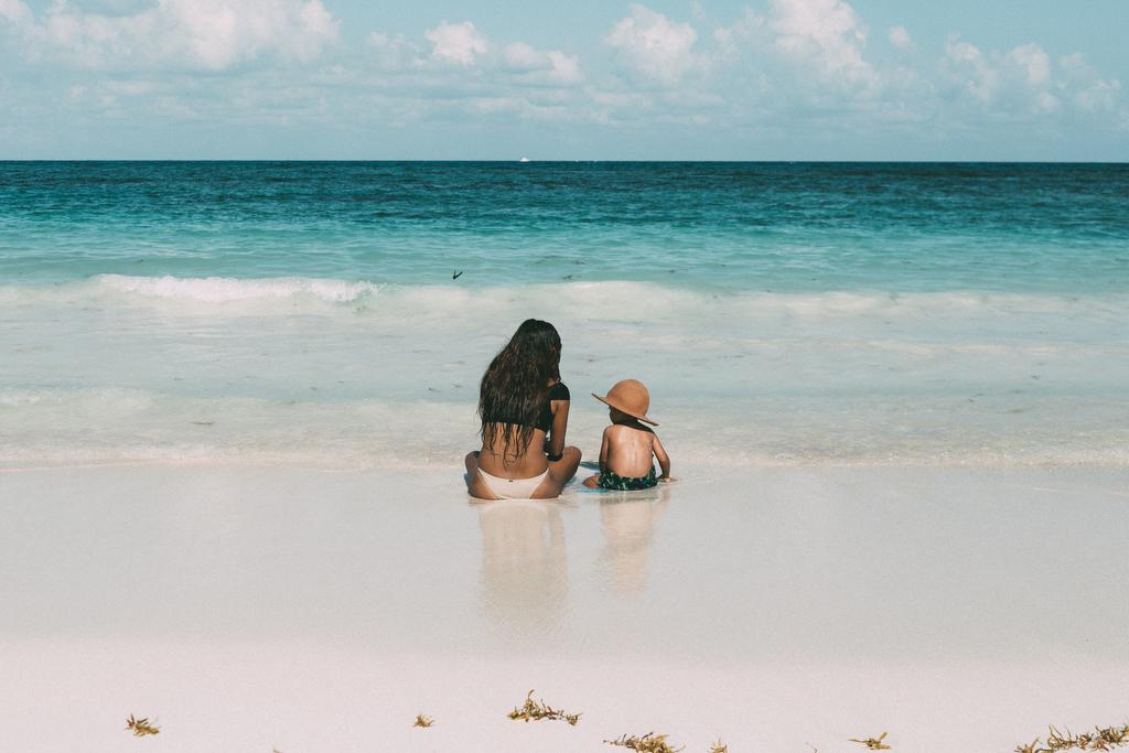 Families_beach_rivieramaya_photography_012.JPG