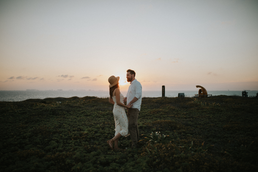couplesession elopement is32lamujeres destination photographer .JPG