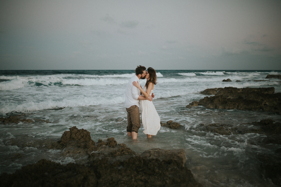 couplesession elopement is40lamujeres destination photographer .JPG