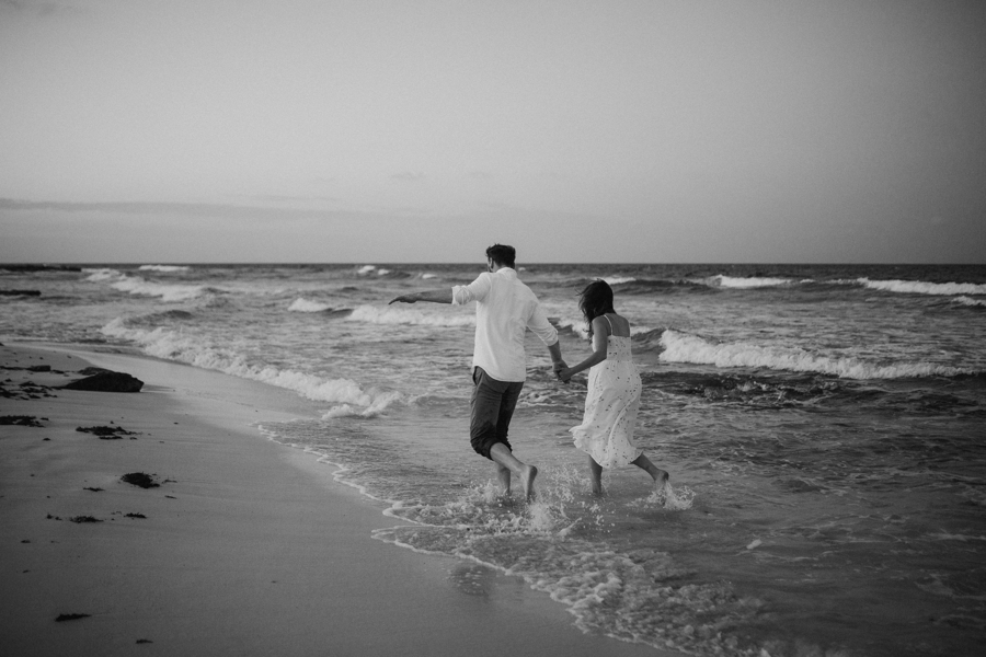 couplesession elopement is42lamujeres destination photographer .JPG