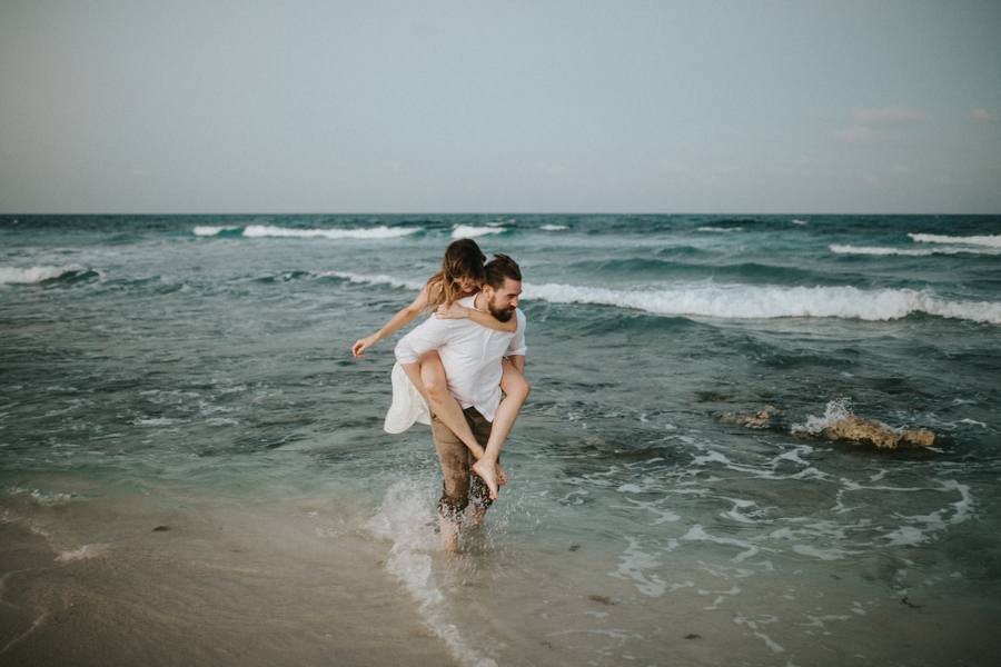couplesession elopement is46lamujeres destination photographer .JPG