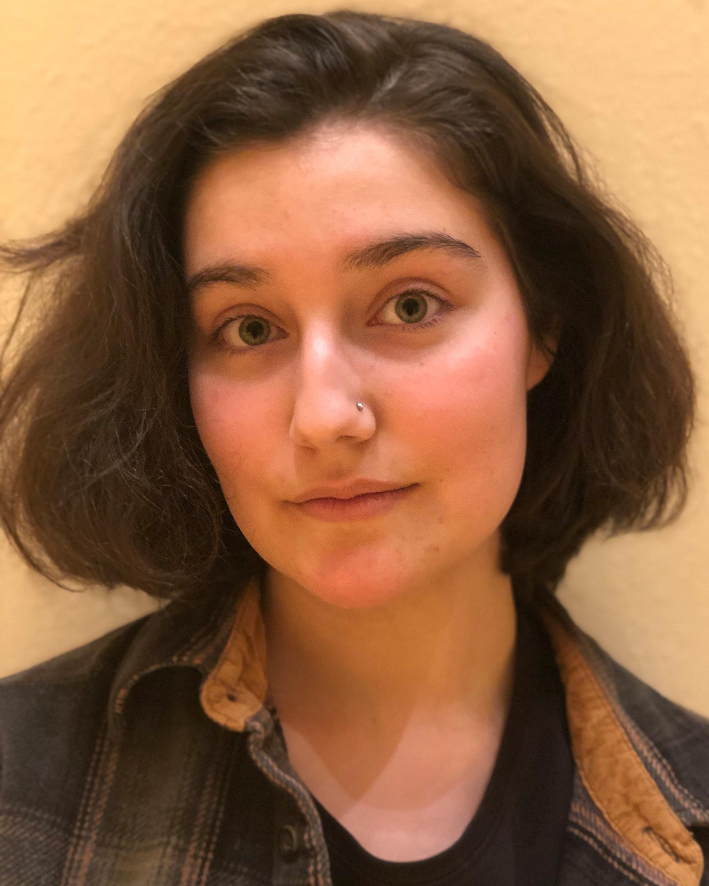 Chloe Pleznac as meg march