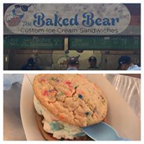 The Baked Bear: Make your very own ice cream cookie sandwich (Photo: Cory Fishman)