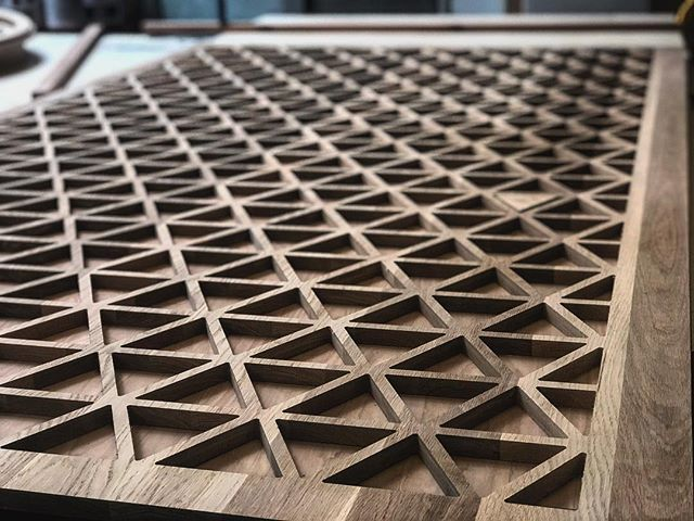 ..and sometimes we make yuuuuge #custom space dividers out of solid white oak...but only sometimes. For the talented @shannonchristenberry. #design #different #lightlite