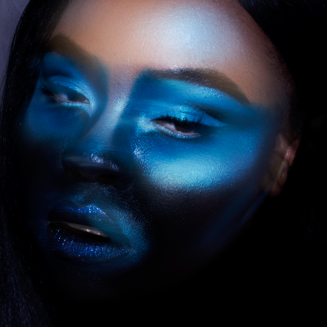 Dramatic Blue Makeup